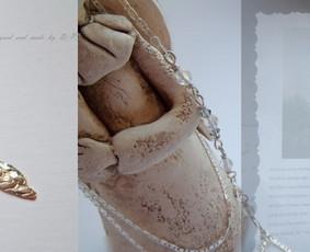 Angelo sparnas ,padabintas labradorito ir kvarco akmenukais -  dovana pirmai komunijai. Individualus užsakymas.