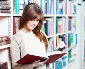 Greitasis skaitymas studentams http://www.karjerosakademija.lt/seminarai/greitasis-skaitymas/greitasis-skaitymas-studentams/ NAUDA      Efektyviau įsisavinama informacija, greitesnis ir lengvesn ...