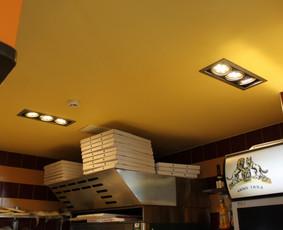 Kavinės apšvietimo modernizavimas į LED. Pakeistos seno tipo AR111 lempos į LED AR111 lempas