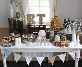 Saldaus stalo dekoras