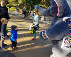 Trijų metrų ūgio dramblys Jūsų šventei!