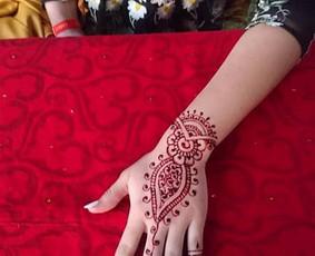 laikinos henna (chna) tatuiruotes