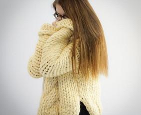 Megztinis iš 100proc. merino vilnos. Gaminamas pagal užsakovo matmenis ir spalvą