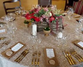 Susėdimo stalo dekoras