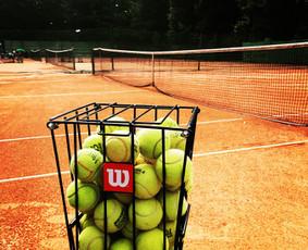 Lauko teniso treniruotės Kaune