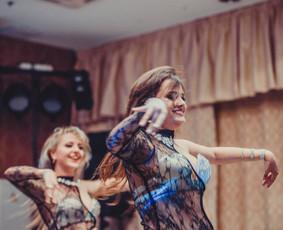 Rytietiškų pilvo šokių šou grupė / Dėl pasirodymo / Darbų pavyzdys ID 487825