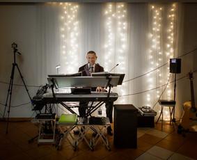 Renginių vedėjas-muzikos atlikėjas-DJ!