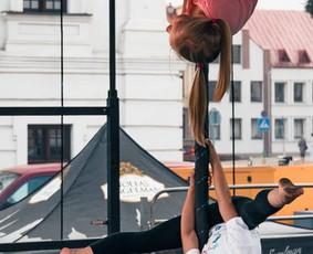 """Pole dance extreme"" studija VIPERA"