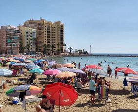 Išnuomuojamas savaitei arba ilgiau Torrevieja miestelyje, Calle Rafal2 2kambarių butas. Butas yra šalia jūros, pėsčiomis 4min. kelio.