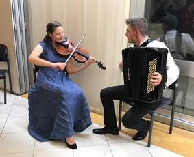 "Muzikinis duetas ""Tutto a Dio"""