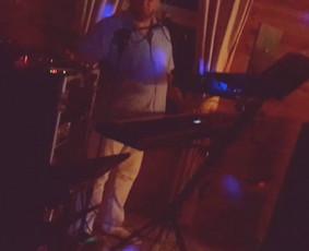 Muzikantu paslaugos: saksofonas, trimitas, akordeonas, / Raimundas / Darbų pavyzdys ID 539525