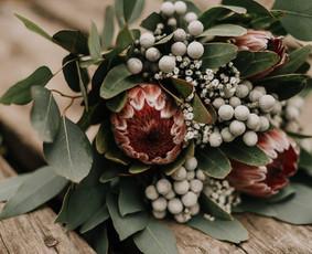 Baltos gervės. Švenčių ir interjero dekoras ir floristika
