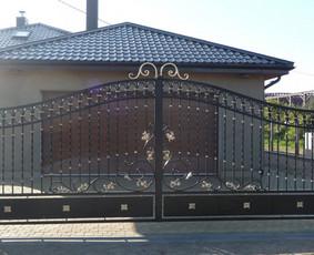 kalviški stumdomi vartai