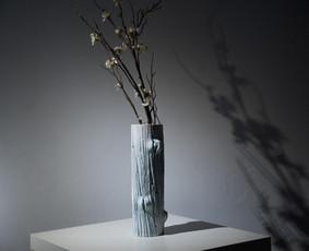 Vaza. Molis, glazūra. 2019
