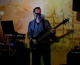 Muzikantas-DJ Egidijus ir renginių vedėja Rasa  Grupė ''ER''