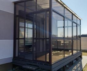Berėmio stiklo konstrukcijos