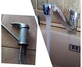 Seno, nesaugaus virtuvinio vandens čiaupo pakeitimas nauju, moderniu, saugiu.