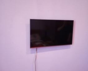 Televizoriaus prisukimas, montavimas, pakabinimas prie sienos