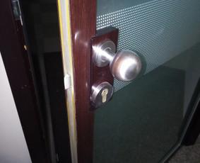 Durų remontas Jūsų namuose, biure, sodyboje...