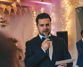 Tomas Stojanas (vedėjas lietuvių ir anglų kalbomis)