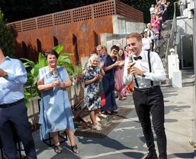 Renginių vedėjas Evaldas Jankantas kartu su DJ komanda / Evaldas Jankantas / Darbų pavyzdys ID 679397