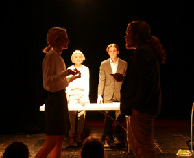 Teatro studija, meno pamokos