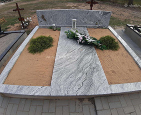 Paminklai, antkapiai, tvorelės, plokštės, kapų tvarkymas