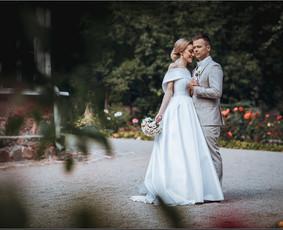 Rezervuojamos datos vestuvių fotografijai