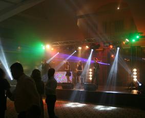 Muzika,dainininkai,DJ,atlikėjai,vedėjai, grupės,pro garsas / SoundTrailer.lt / Darbų pavyzdys ID 700183