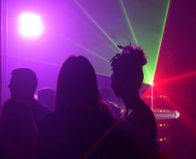 Muzika,dainininkai,DJ,atlikėjai,vedėjai, grupės,pro garsas / SoundTrailer.lt / Darbų pavyzdys ID 700193