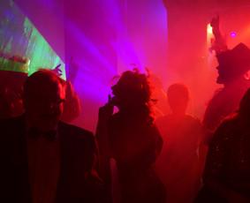 Muzika,dainininkai,DJ,atlikėjai,vedėjai, grupės,pro garsas / SoundTrailer.lt / Darbų pavyzdys ID 700195