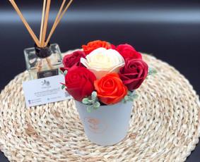 Muilo Gėlių kompozicijos Gėlės pagamintos iš muilo / Muilo Gėlės / Darbų pavyzdys ID 705177