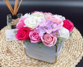 Muilo Gėlių kompozicijos Gėlės pagamintos iš muilo / Muilo Gėlės / Darbų pavyzdys ID 705255