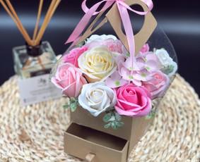 Muilo Gėlių kompozicijos Gėlės pagamintos iš muilo / Muilo Gėlės / Darbų pavyzdys ID 705293