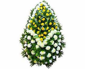 Vainikas Nr.066 - Duoklė atminčiai Vainikas prie karsto ar kapo - duoklė mirusiojo atminimui.
