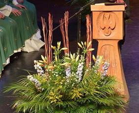 Įvairių renginių ir švenčių floristinio dekoro idėjos ir įgyvendinimas.