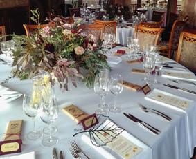 Vestuvių ir kitų švenčių bei renginių floristiniai ir kiti dekoro sprendimai, dekoravimas.
