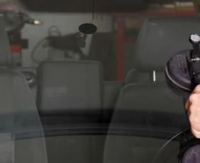 Automobilių stiklų keitimas, įtrukimų remontas