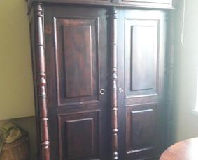 Kietųjų baldų restauravimas ir atnaujinimas