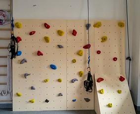 Laipiojimo sienelių įrengimas / sienelės vaikams namuose