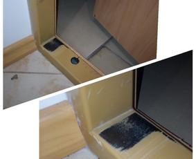 Durų remontas: dėl pasislinkusios geometrijos, durys trynėsi į staktą, o tai ir nemalonu, neestetiška ir galimybė, kad vieną dieną visai durys neužsidarys.