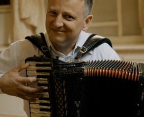 Muzikantai Vilniuje ir visoje Lietuvoje / Gintaras / Darbų pavyzdys ID 895255