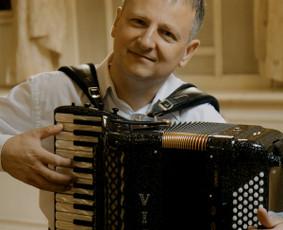 Muzikantai Vilniuje ir visoje Lietuvoje / Gintaras / Darbų pavyzdys ID 895257