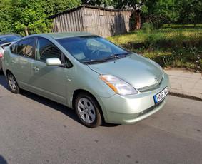 Automobilių nuoma,115€/sav Toyota prius su dujomis