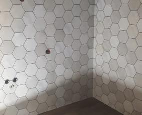 Plyteliu klijavimas -voniu,laiptu pagal uzsakymus / zilvis / Darbų pavyzdys ID 941345