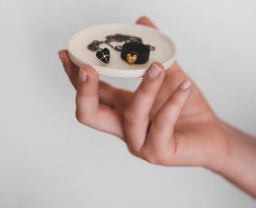 Keramikos ir porceliano PAPUOŠALAI bei KURSAI.