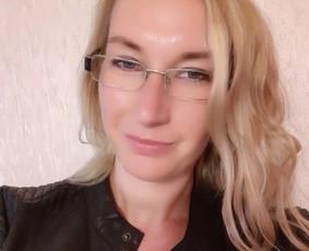 Norvegų k. dėstytoja