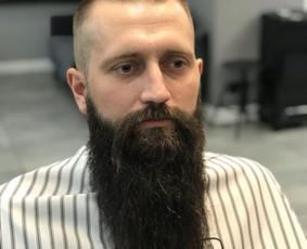 Vyriški kirpimai,barzdų modeliavimas,skutimas.