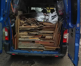 Senų baldų isvezimas.Perkraustymo,krovinių pervežimas iki 2t