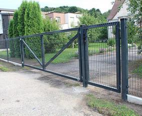 Tvoros, stumdomi kiemo vartai, automatika vartams.
